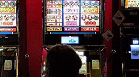 Esitetty kuva 7 musiikkiteemaisten hedelmäpelien etua kasinoissa 450x250 - 7 musiikkiteemaisten hedelmäpelien etua kasinoissa
